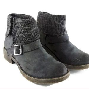 Rocket Dog Gray Suede Ankle Booties 6.5 buckle